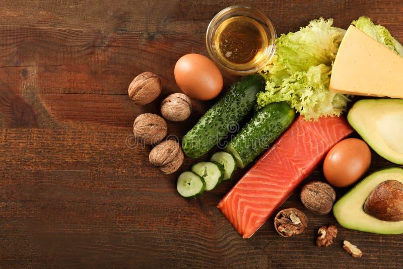 Baixos produtos dos carburadores para a dieta ketogenic imagens de stock