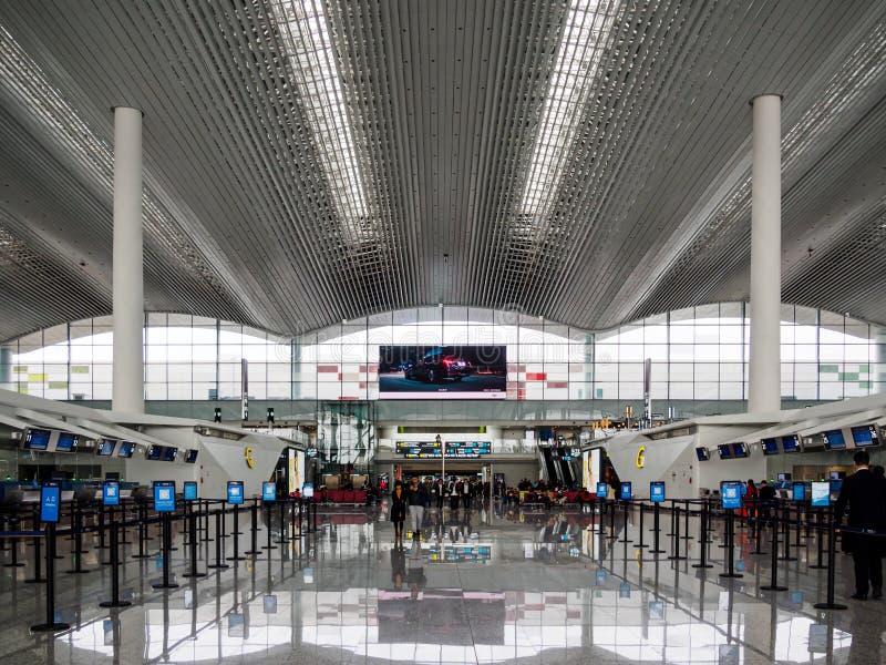BAIYUN, GUANGZHOU, CHINE - 10 MARS 2019 - les lignes vides d'enregistrement au cours d'une période d'accalmie à l'aéroport de Bai image stock