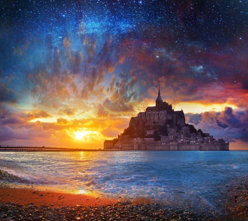 Bajka, magiczny Mont Saimt Michel, Normandy, Francja zdjęcia royalty free