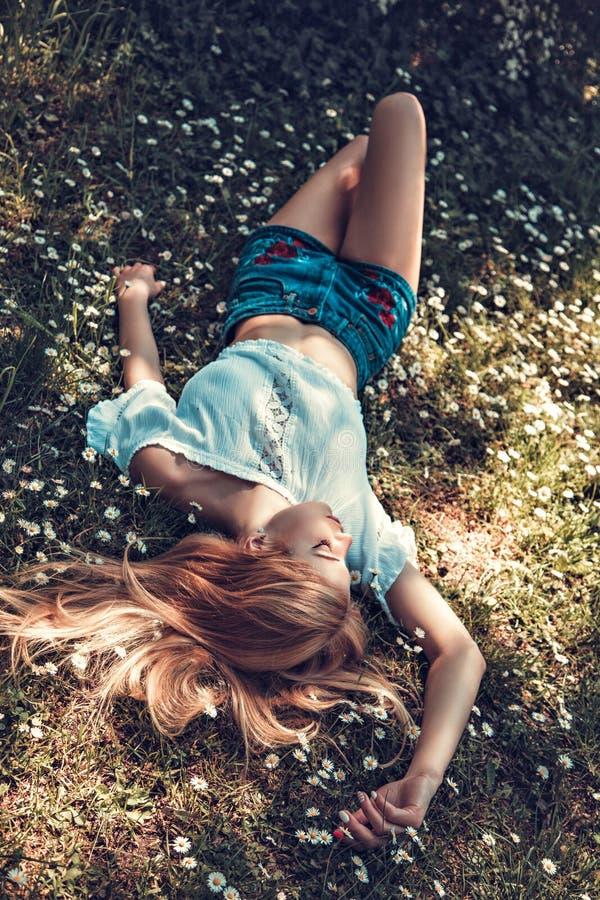 Bajka Na wiosny łące zdjęcia royalty free