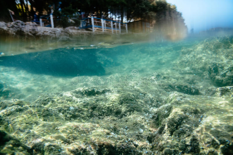 Bajo el agua imagenes de archivo
