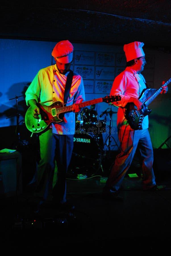 Bajo/guitarra y bajo de Guitarra y imágenes de archivo libres de regalías