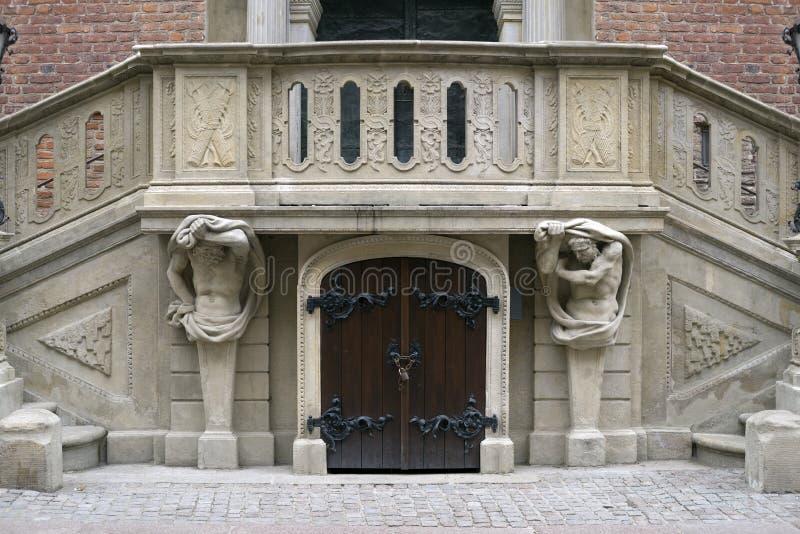 Bajorrelieves de piedra de Gdansk imagenes de archivo