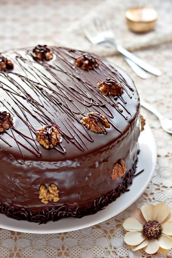 baka ihop chokladvalnötter arkivbilder