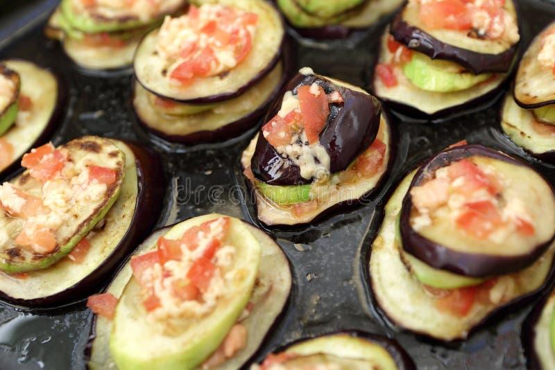 Bakad aubergine arkivfoton