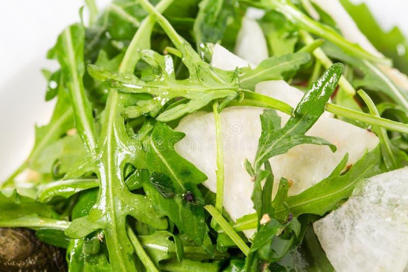Bakad auberginesallad med nya grönsaker royaltyfri fotografi