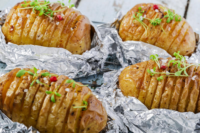 bakad potatis fotografering för bildbyråer