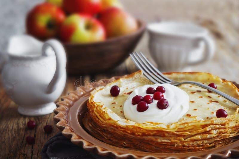bakade nytt pannkakor arkivbilder