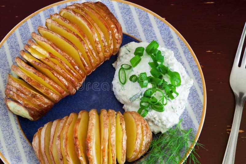 bakade potatisar arkivfoto