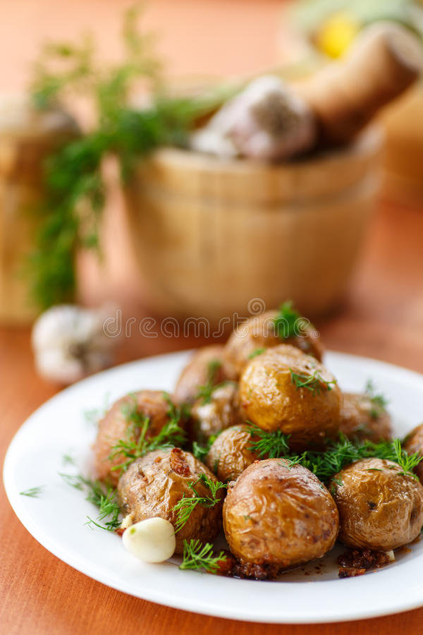 Free Baked Potatoes Stock Photography - 34746332