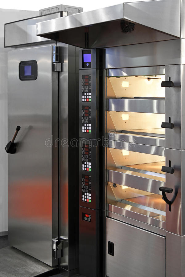 Free Bakery Oven Royalty Free Stock Image - 26901706