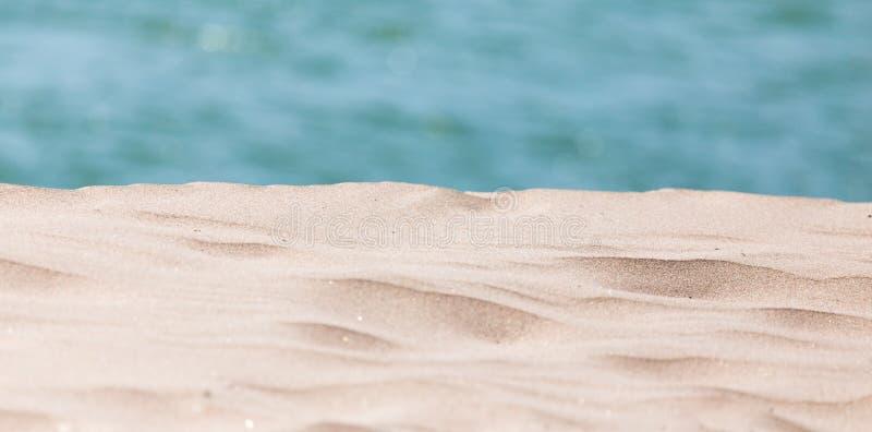 Download Bakgrund av sand och havet arkivfoto. Bild av fred, lopp - 106833142