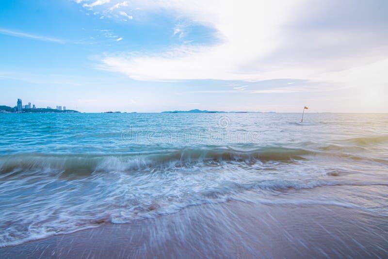 Bakgrund av stranden i Thailand royaltyfria bilder