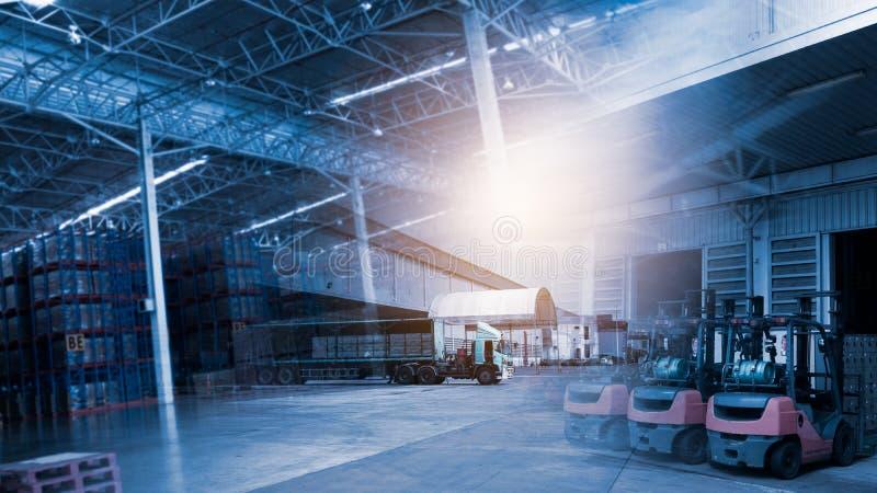 Bakgrund av transport- och logistikdistributionskedjan royaltyfri foto