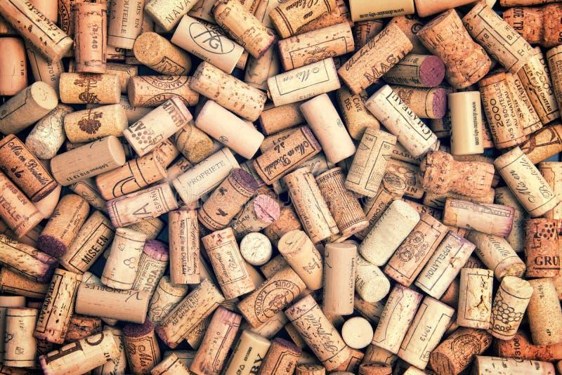 bakgrund corks wine royaltyfri foto