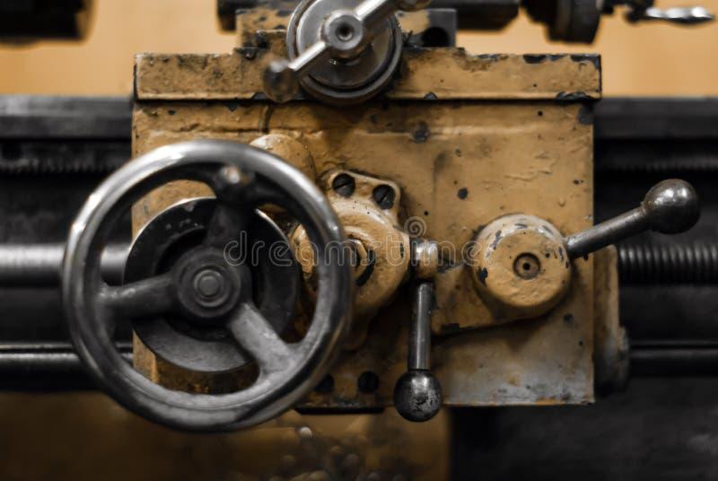 Bakgrund - detalj av en gammal maskin arkivfoto