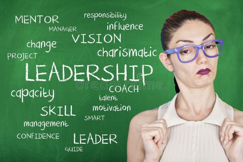 Bakgrund för begrepp för ledarskapordmoln arkivbilder