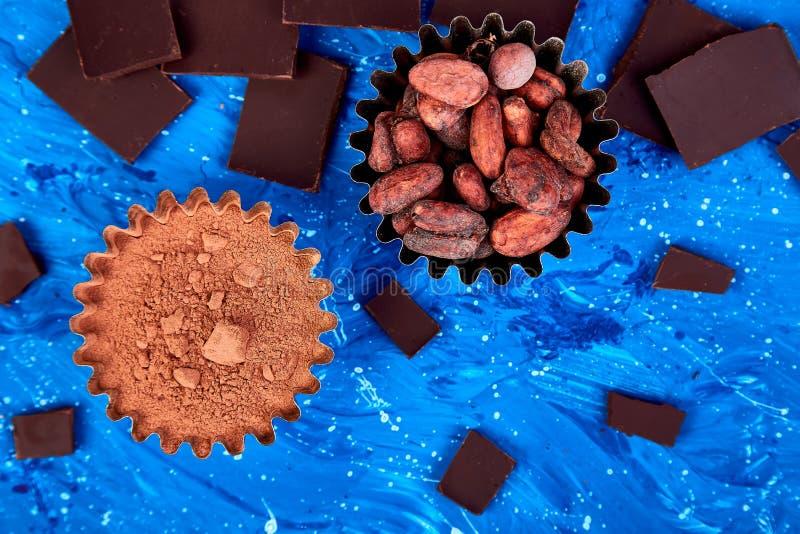 Bakgrund för kakaobönor arkivbilder