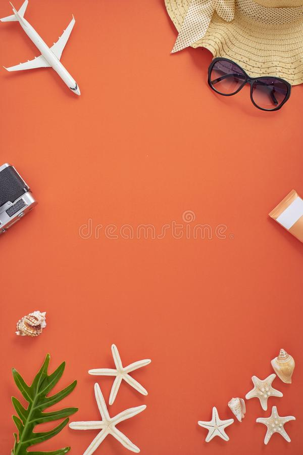 Bakgrund f?r begrepp f?r semester f?r sommarferie orange royaltyfri fotografi