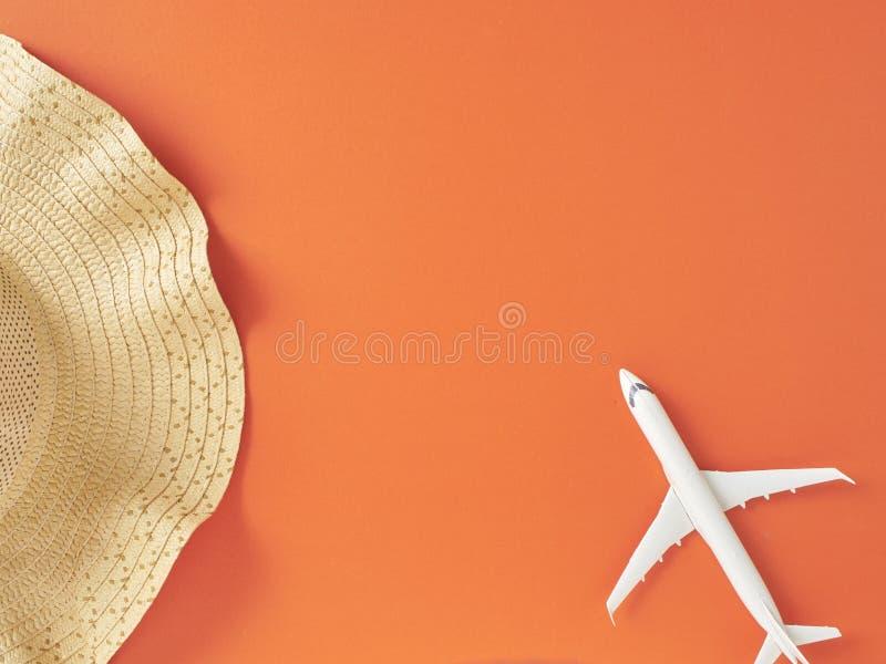 Bakgrund f?r begrepp f?r semester f?r sommarferie orange arkivfoton