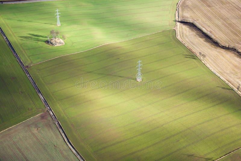 bakgrund fields ängberg royaltyfri bild