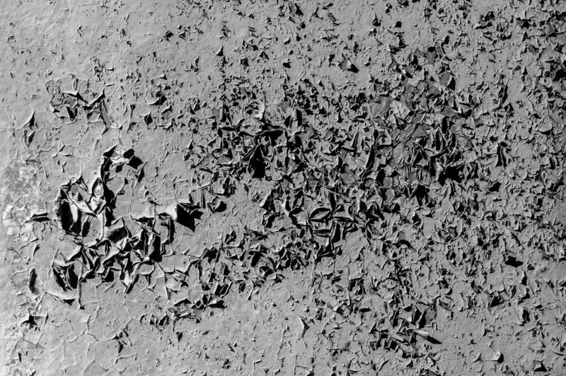 Bakgrund med knastra f?r uppl?sningskopia f?r effekt b?sta sikt f?r h?gt utrymme N?rbilddetalj av sprucken m?larf?rg p? v?ggen _ fotografering för bildbyråer