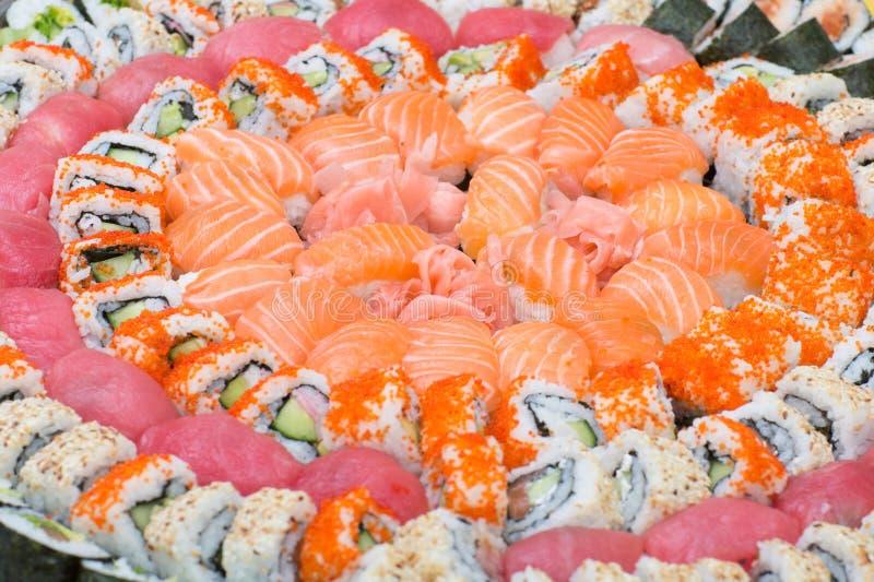 Bakgrund med val av sushi royaltyfri bild