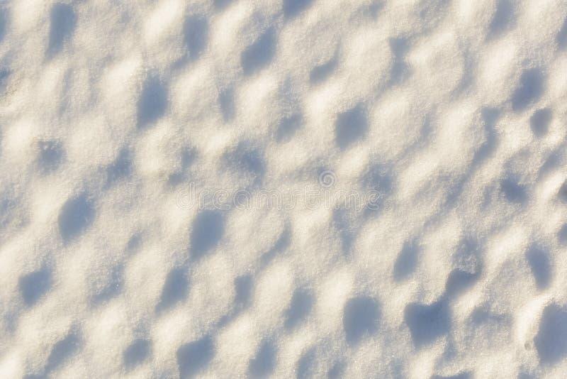 Bakgrund som är insnöad cellerna Snöig ingrepp efter snöstorm arkivbild