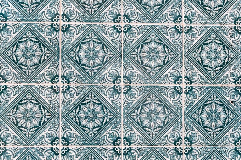 Bakgrund som gjordes av portugisiska keramiska tegelplattor, kallade azulejos arkivfoton