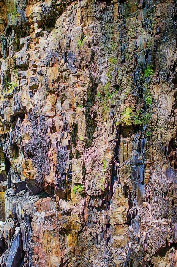 Bakgrunden av stenberg i den öppna luften i Carpathen royaltyfri fotografi