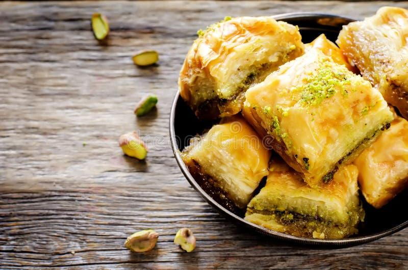 Baklava com pistache Prazer tradicional turco foto de stock royalty free