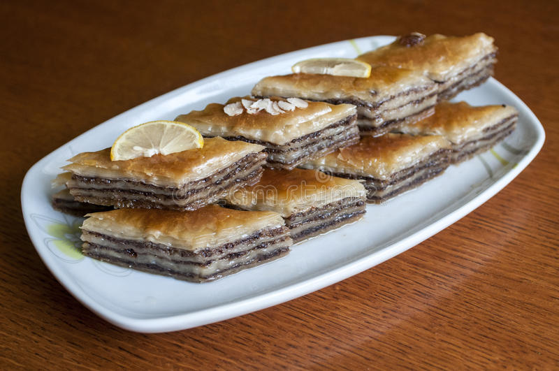 Download Baklava del dessert fotografia stock. Immagine di bosniaco - 56892014