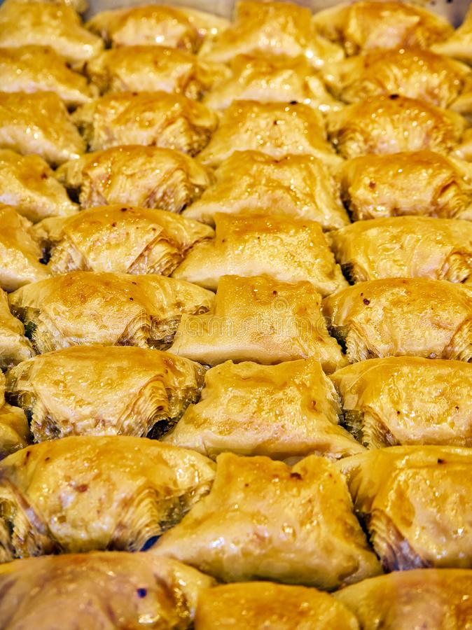 Baklava, ein traditioneller arabischer Nachtisch lizenzfreies stockfoto