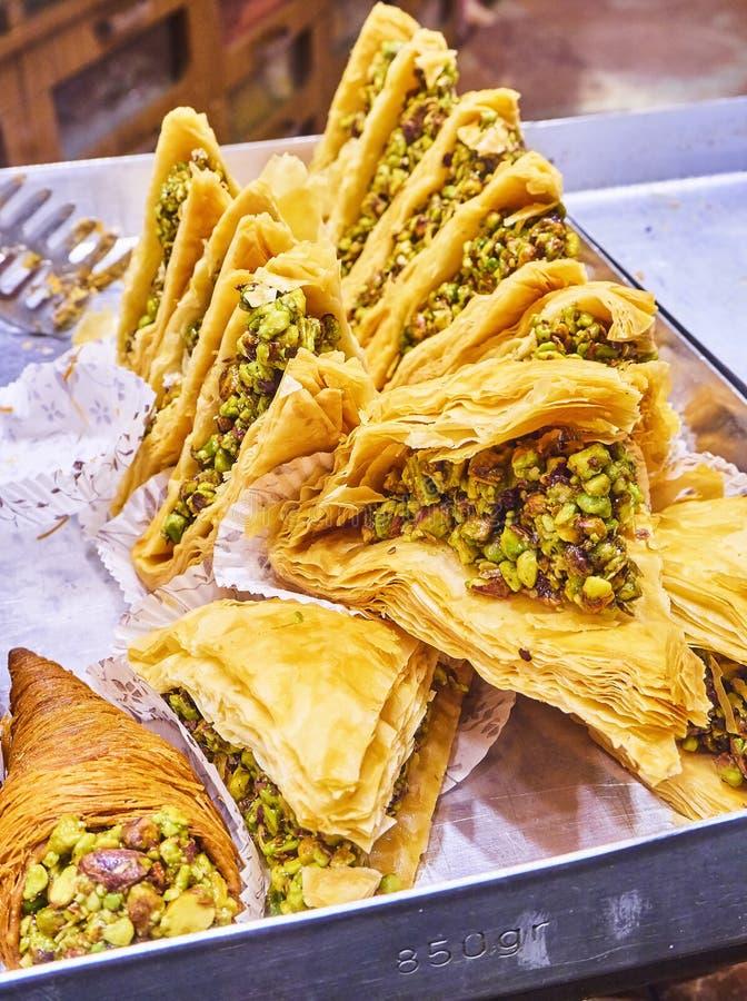 Baklava, ein traditioneller arabischer Nachtisch stockbild