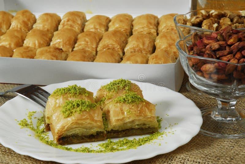 Baklava - türkischer Nachtisch - baklawa lizenzfreies stockfoto