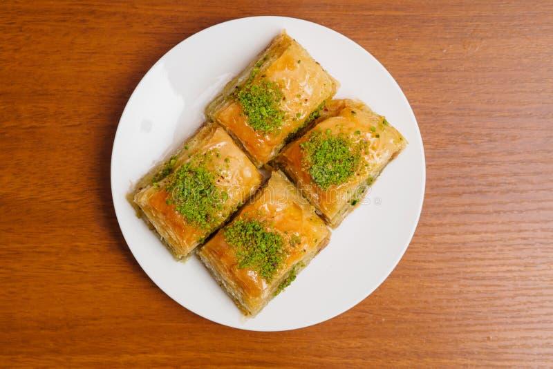 Baklava, traditioneller türkischer Nachtisch lizenzfreies stockbild