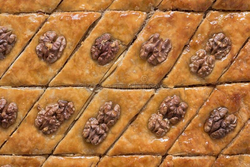 Baklava turca con le noci Primo piano Dessert orientale tradizionale immagini stock libere da diritti