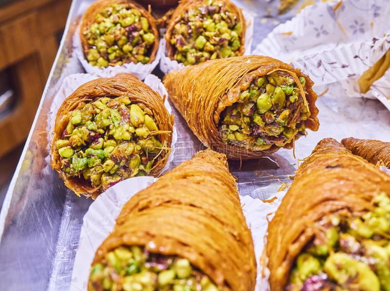 Baklava, uma sobremesa árabe tradicional fotos de stock royalty free