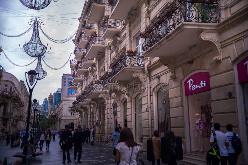 Bakou, Azerbaïdjan, rue centrale photo libre de droits