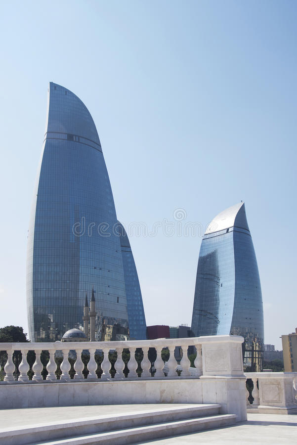Bakou - 31 mai 2014 : La flamme domine le 31 mai en Azerbaïdjan, Bakou photo libre de droits