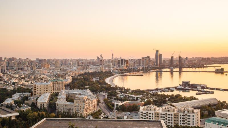 Bakou pendant le matin Capitale de l'Azerbaïdjan photos libres de droits