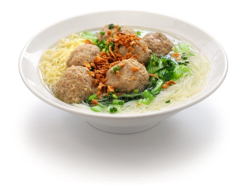 Bakso, ινδονησιακή σούπα κεφτών με τα νουντλς στοκ εικόνα
