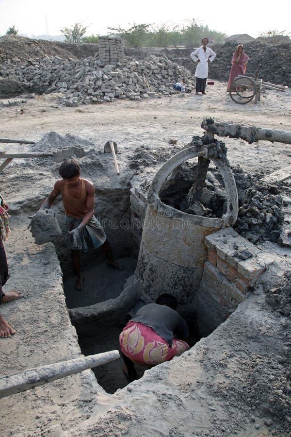 Baksteenfabriek in Sarberia, West-Bengalen, India stock fotografie