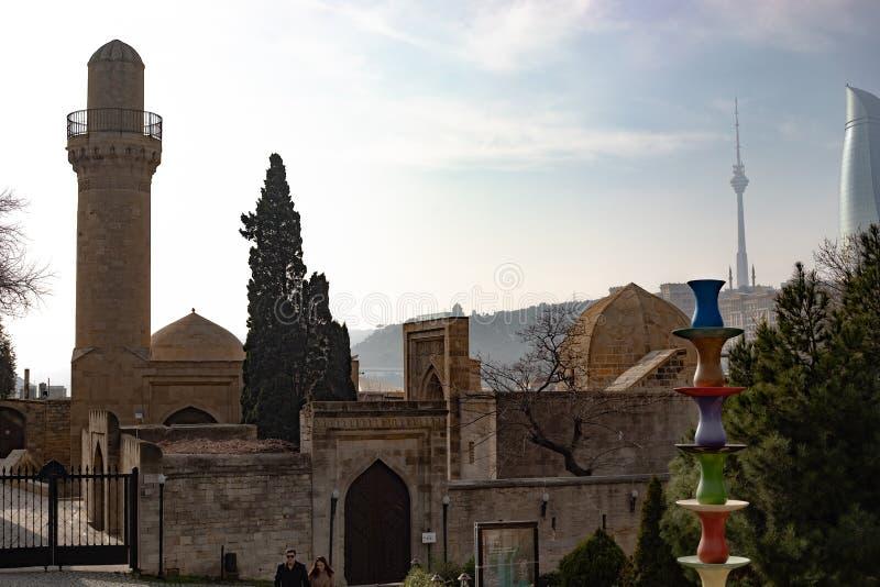 Baku Azerbajdzjan slotten av Shirvanshahsen i den gamla stadsvintern arkivbild