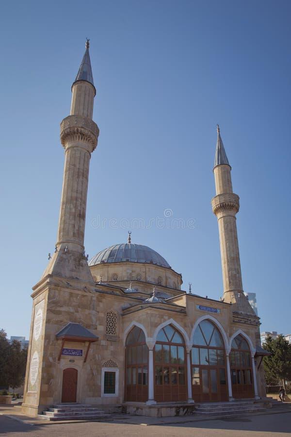 Baku, Azerbeidzjan: De Moskee van de Martelaren of de Turkse Moskee zijn een moskee in Baku, Azerbeidzjan, dichtbij de Steeg van  stock fotografie