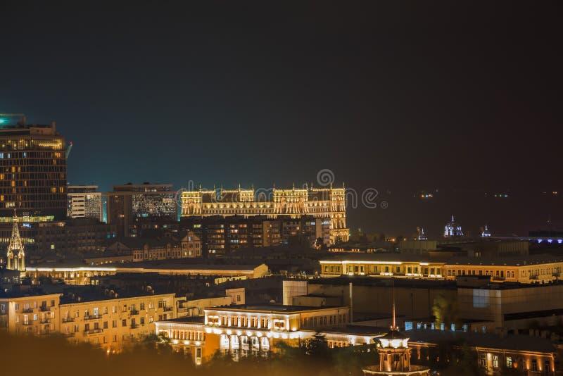 Baku i natten royaltyfria foton