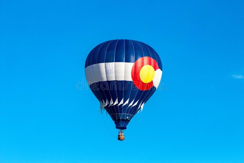 Balão da bandeira de Colorado no festival do balão de ar quente no barco a vapor Sprngs imagens de stock