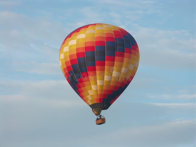 Download Balão de ar quente imagem de stock. Imagem de balão, sail - 55323
