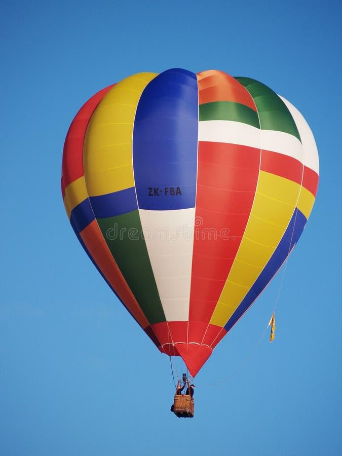 Balão de ar quente colorido foto de stock royalty free