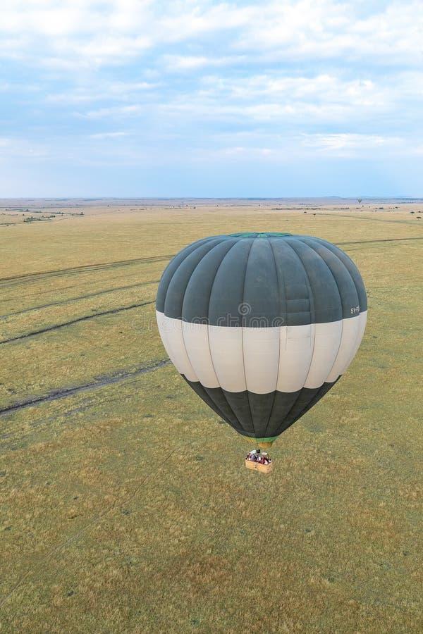Balão de ar quente sobre Masai Mara, Kenya, África imagem de stock